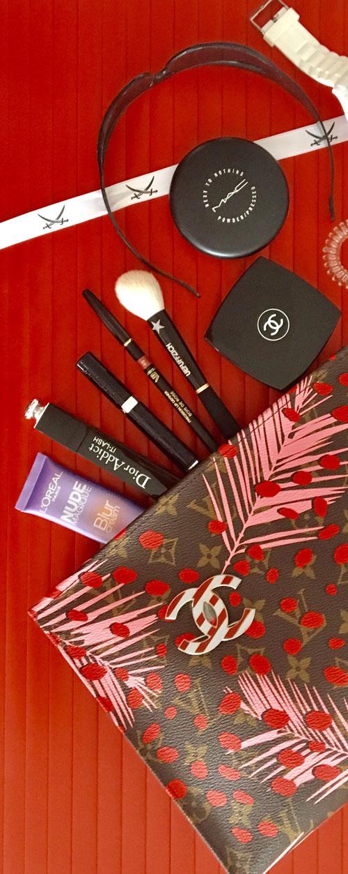 Louis Vuitton Kosmetiktasche REKLAME WERBUNG ANZEIGE