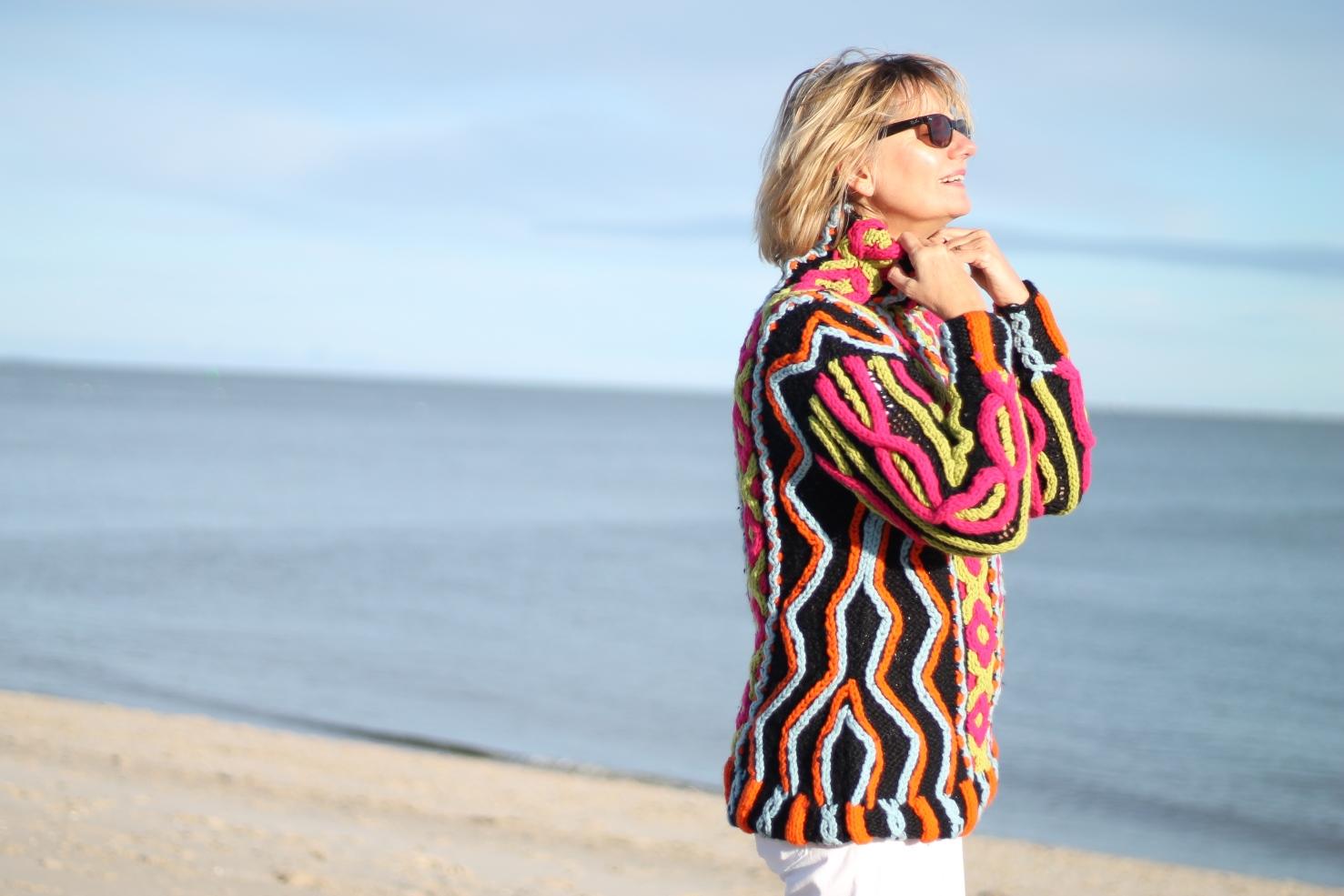 Pullover mit Neonfarben Christian Lacroix auf Sylt