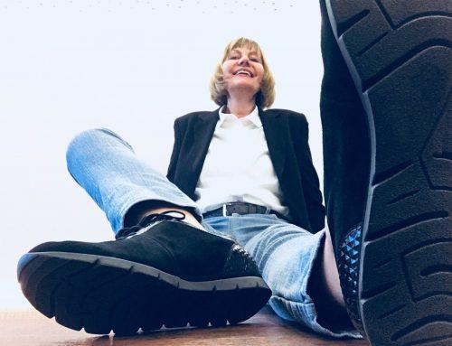 Moderne Schuhe, glückliche Füße trotz Hallux Valgus