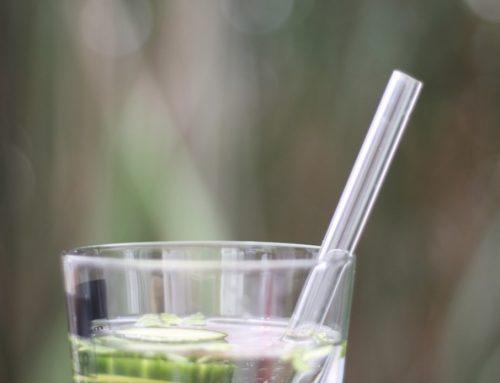 Glastrinkhalme und zufällige Nachhaltigkeit